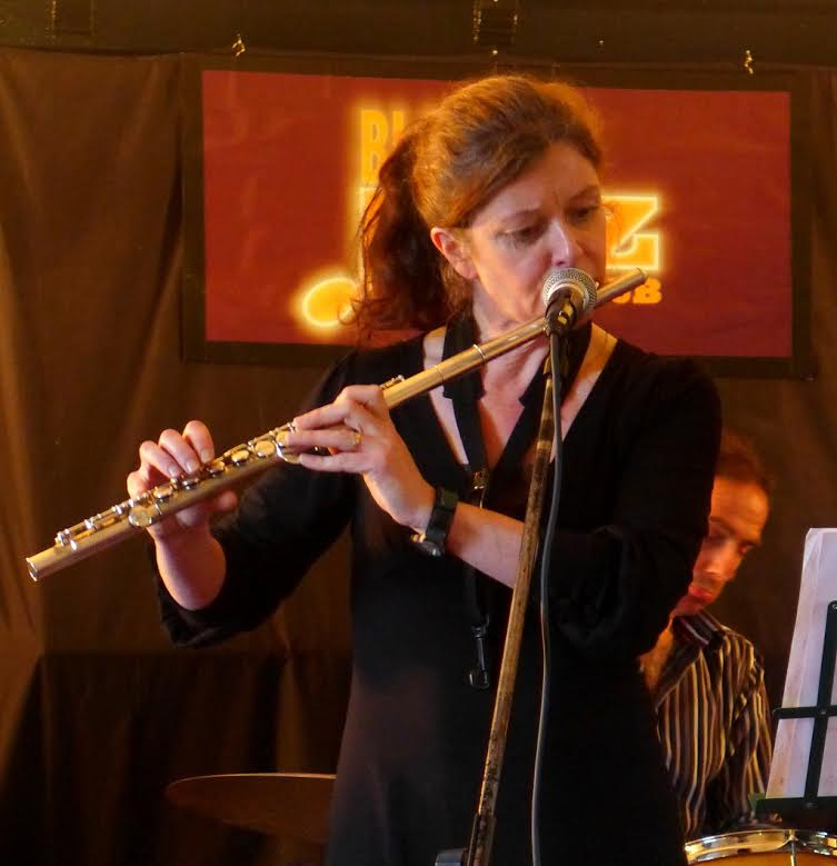 Sue Ferris-Tuesday-Jam-Live-Party-Black-Swan